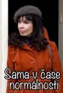 https://www.filmovamista.cz/img/943-Sama-v-case-normalnosti/cover/1370896996-1-0-cover.jpg